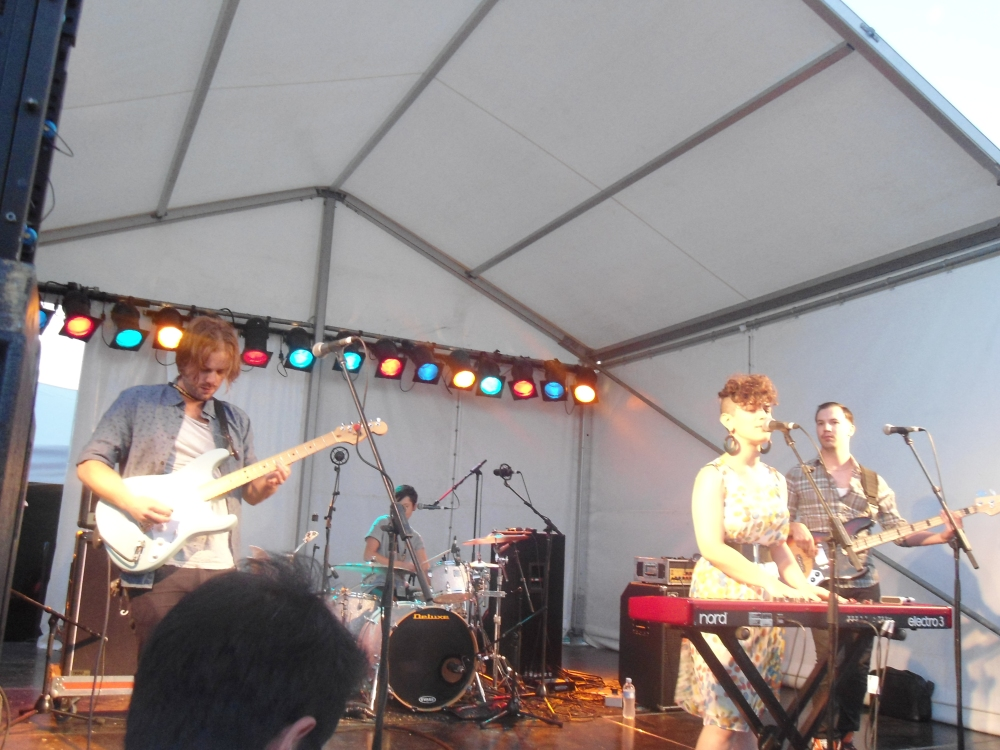 Jude Perl and her band performing at St Kilda Festival 2014 - Photograph by Lillian Altman